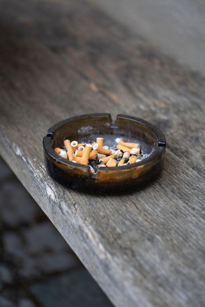 læg smøgerne på hylden - skift til en e cigaret